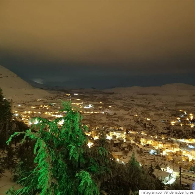 goodnightlebanon  goodnightworld  ehden  snow  night  lebanon  town ... (Ehden, Lebanon)