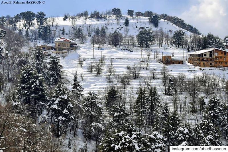 Beautiful ❄❄❄............. hadatheljebbeh  بشري   bcharre ... (Hadath El-Jubbah, Liban-Nord, Lebanon)