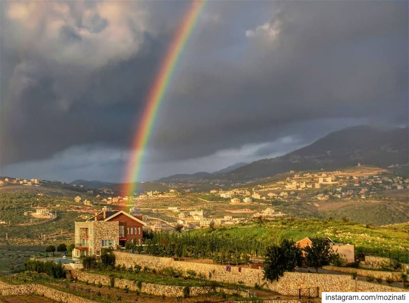 Every cloud in life, brings a rainbow of promise 🙏😍 ===================== (Deïr Ez Zahrâni, Al Janub, Lebanon)