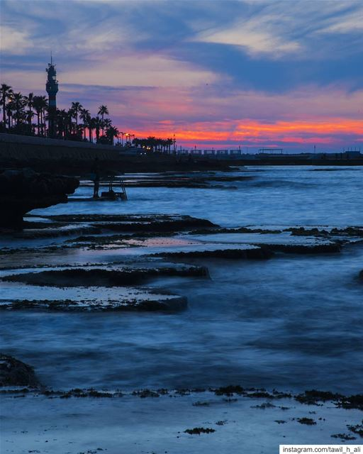 🌅-- sunset  sunsetlovers  longexposure  longexposhots  beautiful ... (Manara sea view)
