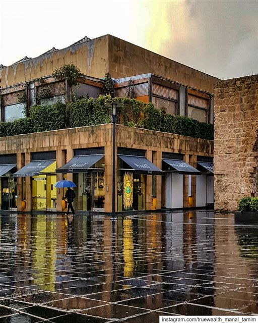 ..and when I run,, I record the noise of my shoes, of rain drops, of the... (Beirut Souks)