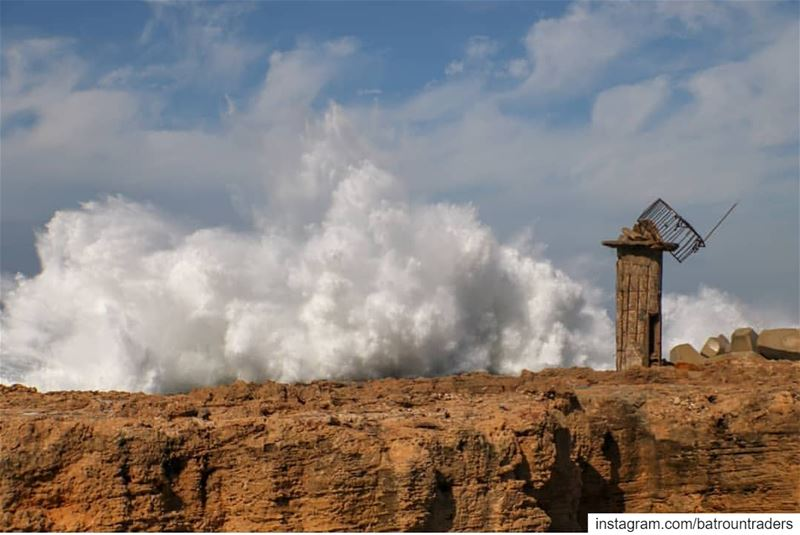 batroun  البترون_سفرة  phoenician  wall  old  lighthouse  batrounbeach ... (Batroûn)
