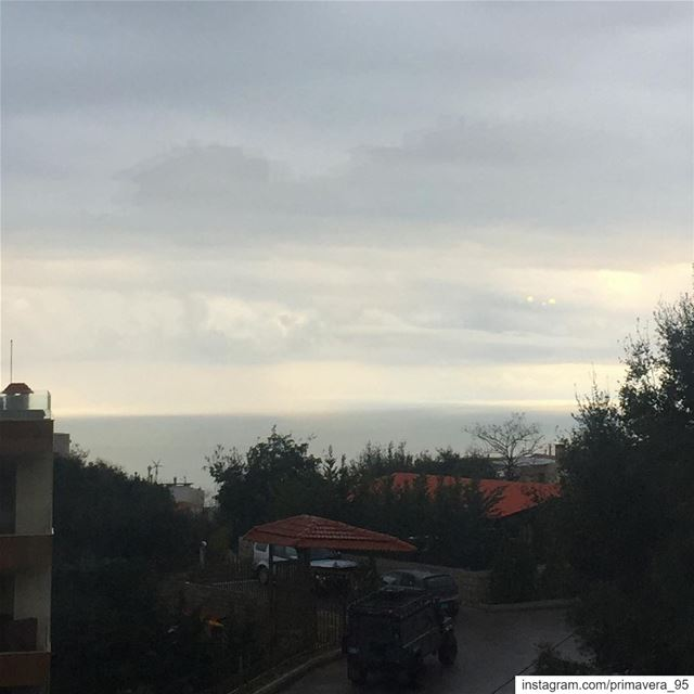 rain  clouds  sea  seaview  nice  capture  lebanon  horizon  trees ... (Ballouneh, Mont-Liban, Lebanon)
