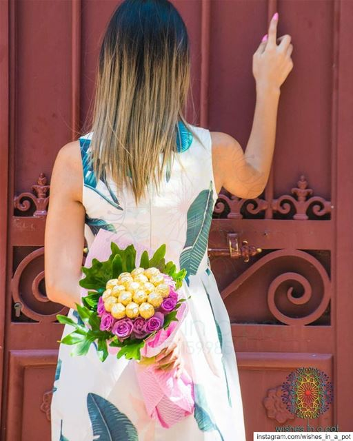 Knock your mom's door holding our authentic  bouquet this  mothersday ... (Lebanon)