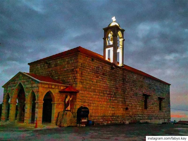sunday cloudy church prayers winter worldtravelpics libanon... (Qurnayil, Mont-Liban, Lebanon)