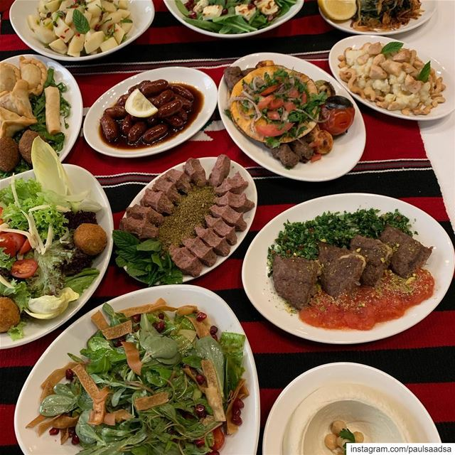 Lebanese lunch but cannot touch it until the 21st  lunch  lebanesefood ... (Daoud Basha)