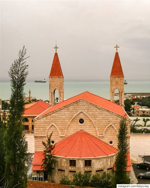 _________ Jieh ________Lebanon ...  Sunday lebanon church cloudy croix... (Jieh الجية)