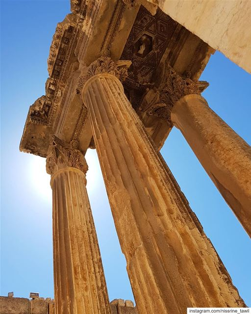 Morning 🌞 baalbek  beqaa  jupitertemple  livelovebekaa ... (Baalbek , Roman Temple , Lebanon)