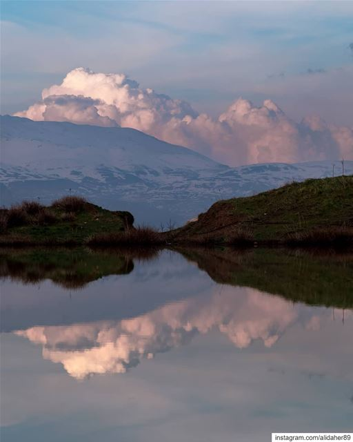 Clouds invasion ☁️🏞....... landscapephotography naturephotography... (Mount Lebanon Governorate)