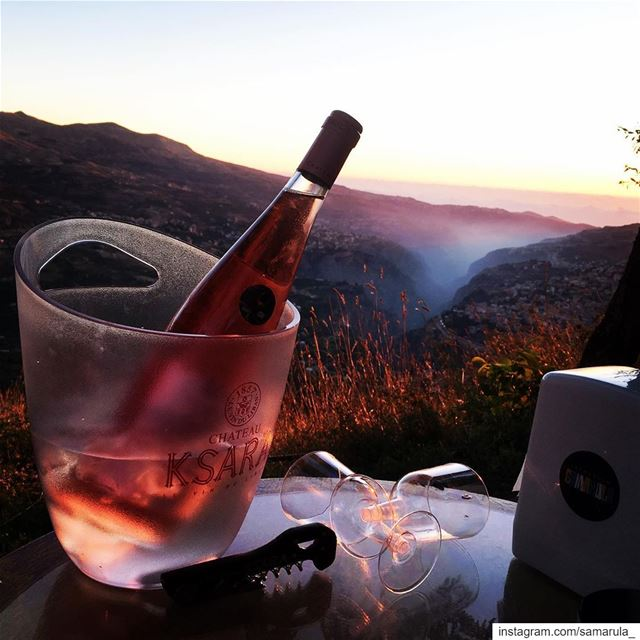 All you need is love and a bottle of wine 😍..... samarula  sunset ... (Cedars of God)