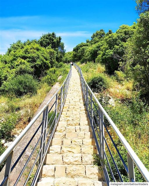 batroun  msaylha  path  pathway  nature  hiking  sport  bebatrouni ... (Mseilha Walkaway - درب المسيلحة)