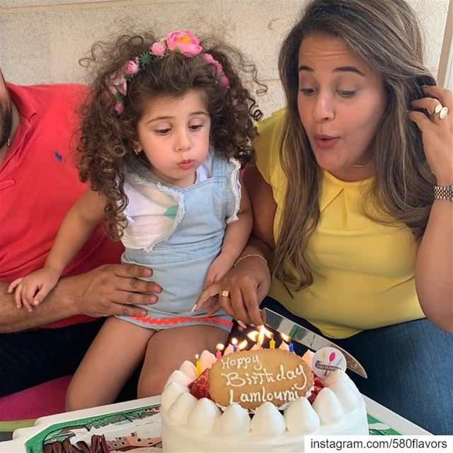The cutest cousin helping me to blow my candles 🎂 😍😍 @marietheresef @sai (Ehden, Lebanon)