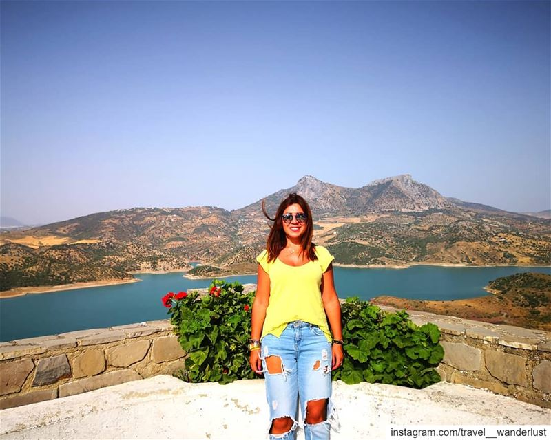"The beauty of those spanish white villages is that they all have a ""mirador (Castle of Zahara de la Sierra)"
