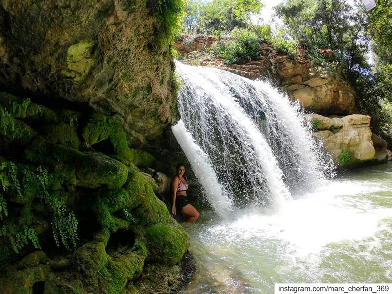 Beat The  Heat 😎💦 ColdWater  Fresh  Waterfall  FeelNature  EnjoyNature... (Al Jahiliyah, Mont-Liban, Lebanon)