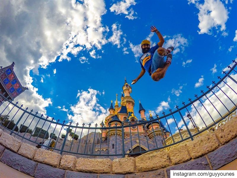 Around the globe in 10 jumps  1000postDisneyland Paris: 3 Sept 2015New... (Somewhere on the Earth)
