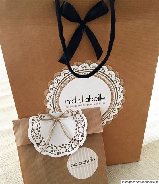 Wrapped with ❤️ Write it on fabric by nid d'abeille  wrappingtime ...