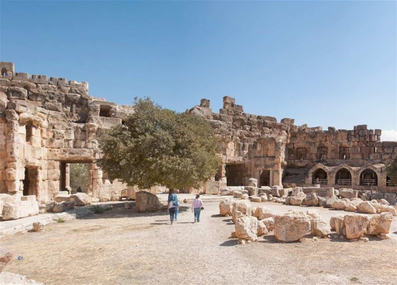Baalbeck First Hall Panoramic 360 Interactive View
