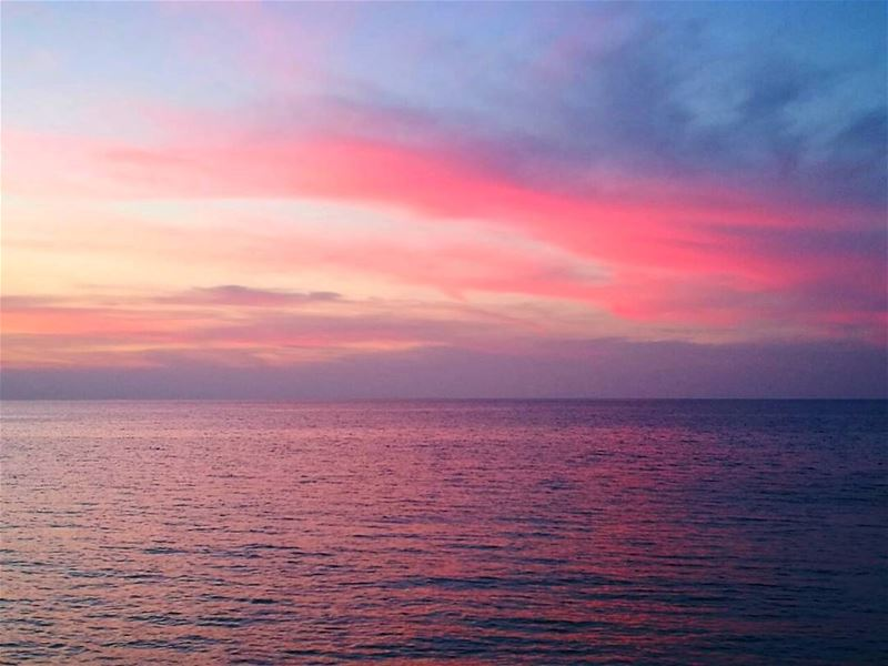 Lebanon  Tripoli  trip  sea  sunset  horizon  sky☁  red  pink  water ...
