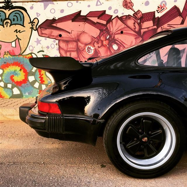 porsche  turbo  gseries  porscheclassic  930  widowmaker new  graffiti ...