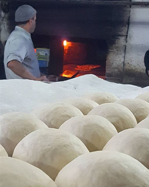 old_oven lebanonpictures livelovenabatiyeh  arabsalim  breakfast...