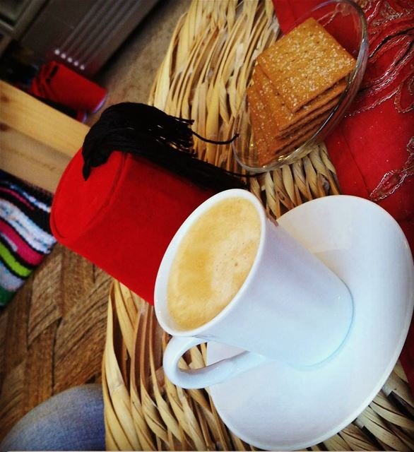 morning  coffe  coffeeshop  country  tarboush  biscuit traditions... (Douma, Liban-Nord, Lebanon)