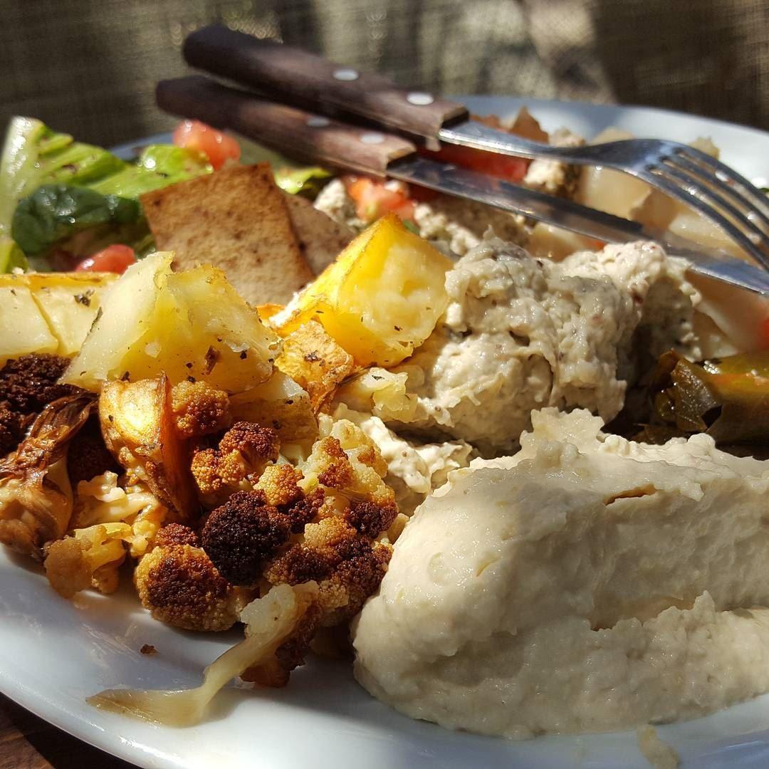 batroun restaurants sghar @biolandlebanon food foodinlebanon
