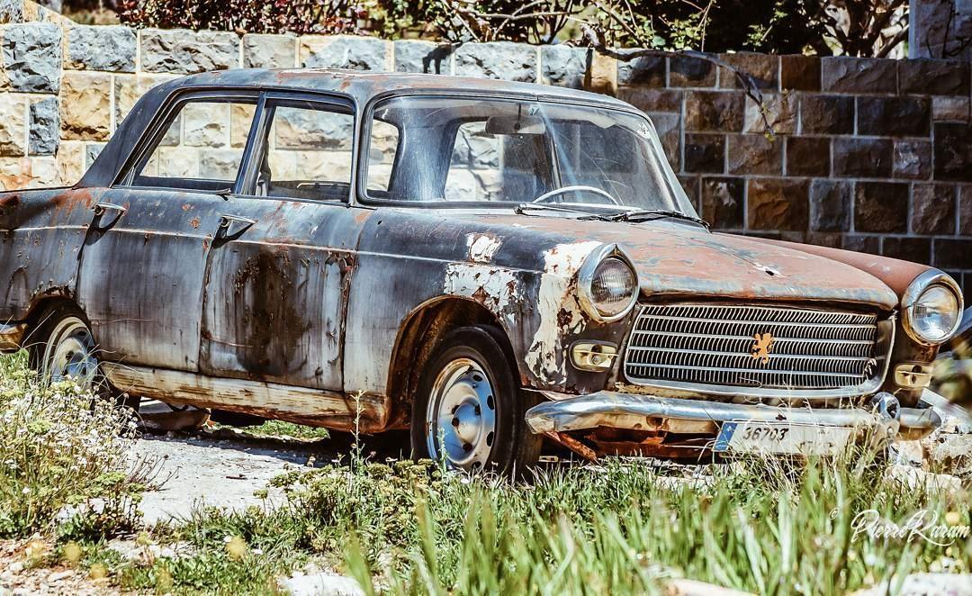classiccars peugeot 404 old car abandoned rusty instalike ...
