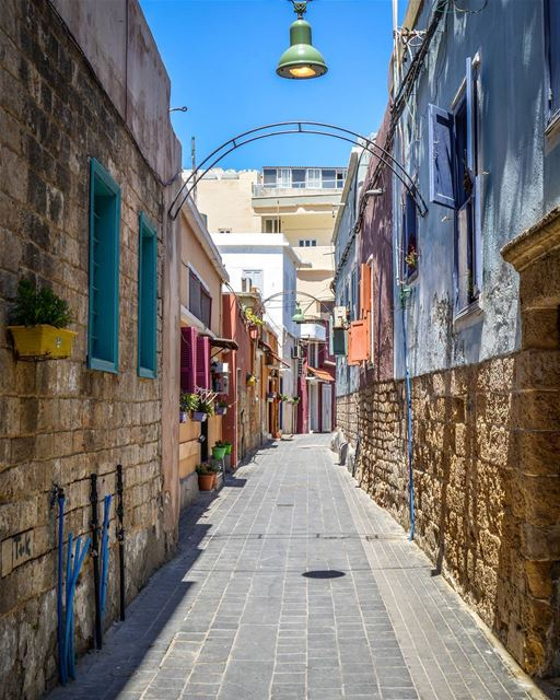 The beautiful streets of old Tyre! Who loves to take a walk and breathe... (Tyre, Lebanon)