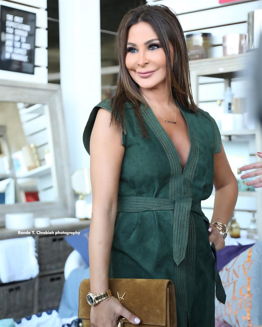 The lebanese star Elissa during the opening of Salon De L'Été exhibition...  (Saint-George Hotel,Yacht Club & Marina)