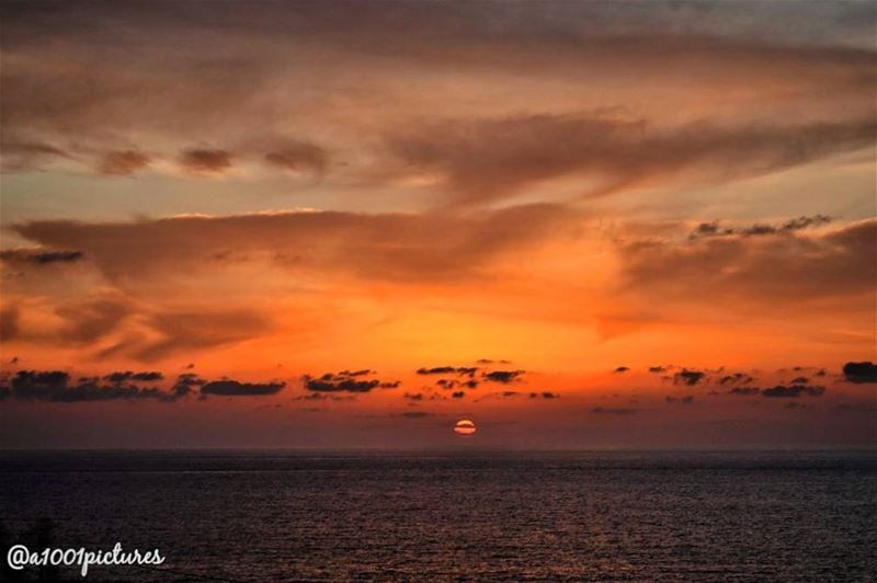 sunset  nature  nikon  lebanon  throwback  tb  travelphotography ... (Lebanon)