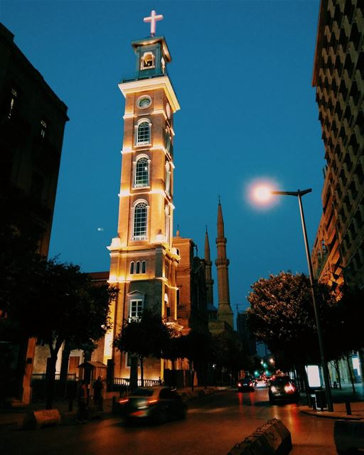 💙 lebanon beirut night church mosque photooftheday picoftheday... (Downtown Beirut)