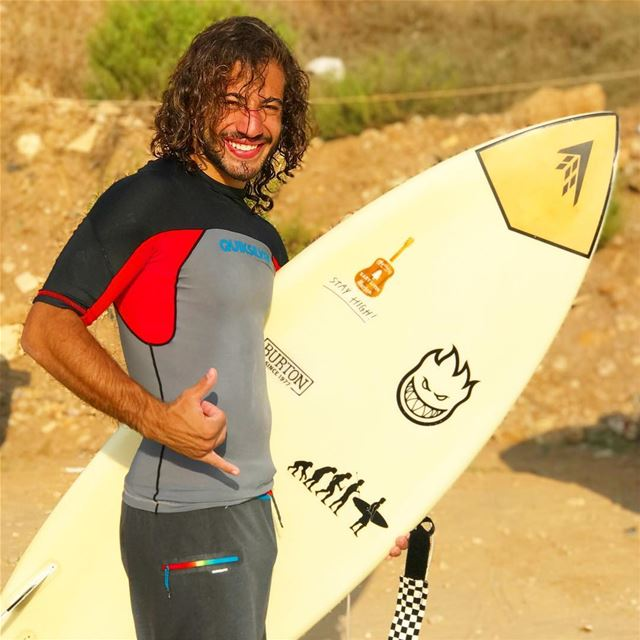 Humans of  mylifeamoi @chrisdirany The way I see myself : High on life 🤙� (Surf Lebanon)