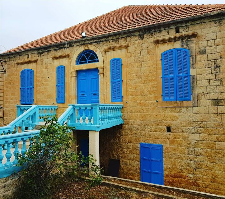 Blue and yellow what a beautiful combination!!! heritage  yellow  blue ... (`Akkar, Liban-Nord, Lebanon)
