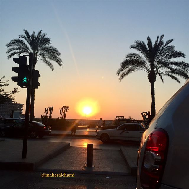 sunset 🌞 while driving . . zaytounabay  sunset  sunsetlovers  لبنان  بير (Zaitunay Bay)