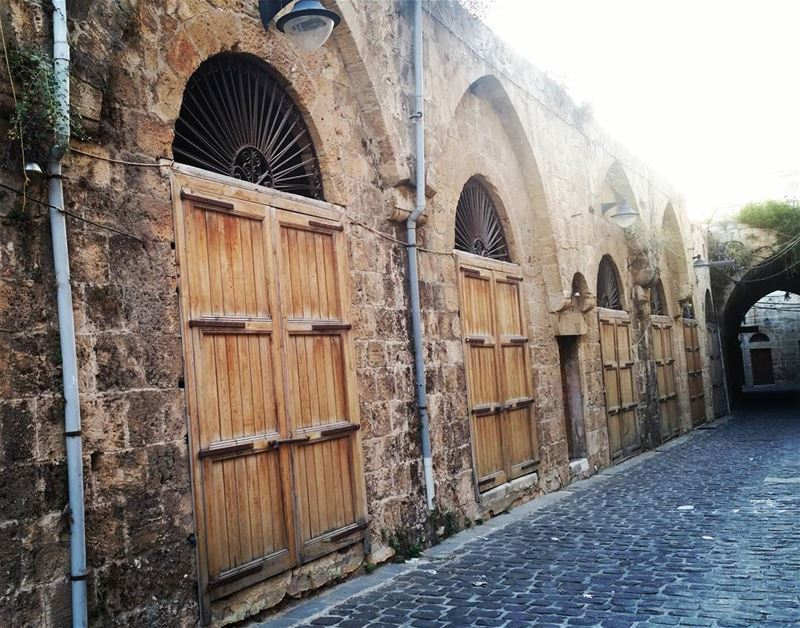 In love with every door & window of old batroun... old  cityscape  city ... (Batroûn)