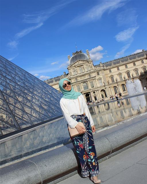 Thank you all for your input regarding your favorite hijab types ❤️ I can... (Musée du Louvre)