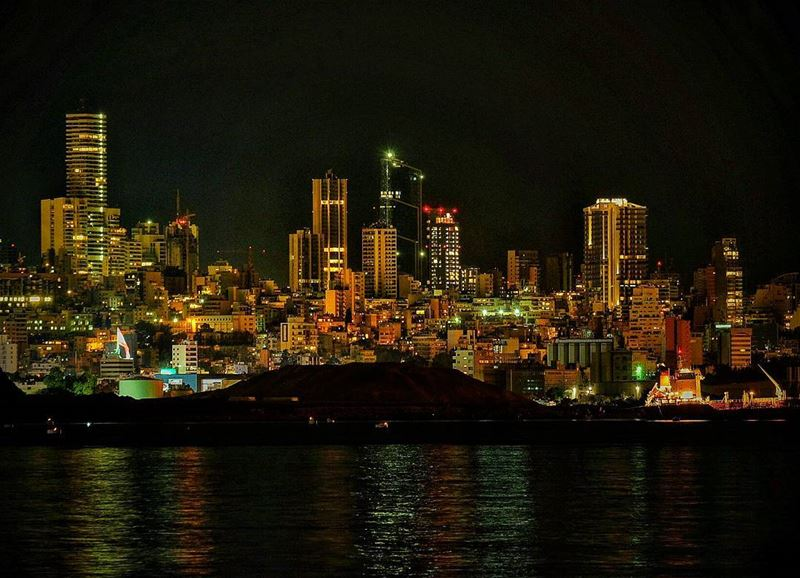 lebanon  lebanese  capital  beirut  city  skyline  night  light  shadow ...