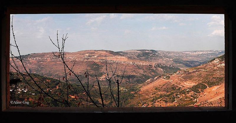•Through The Window•  window  frame  panoramic  winter  view  landscape ... (Jezzîne, Al Janub, Lebanon)