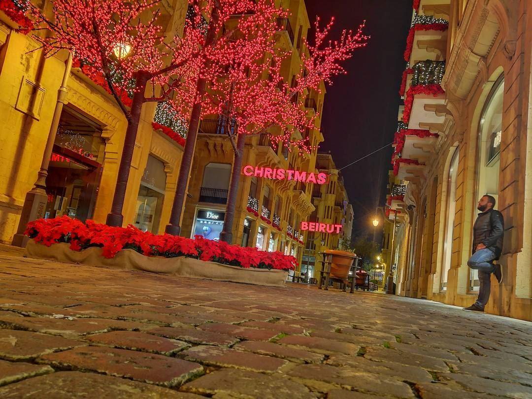 it s christmas beiurt christmas lebanon dt down 12 1 2017 4 34 35 pm l - Garen Boyajian