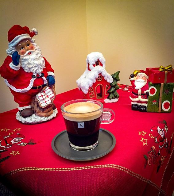 Seasonal coffee ☕️ 🎅🏻🌲 nespresso  morning  coffee  capsule  christmas ... (Beirut, Lebanon)