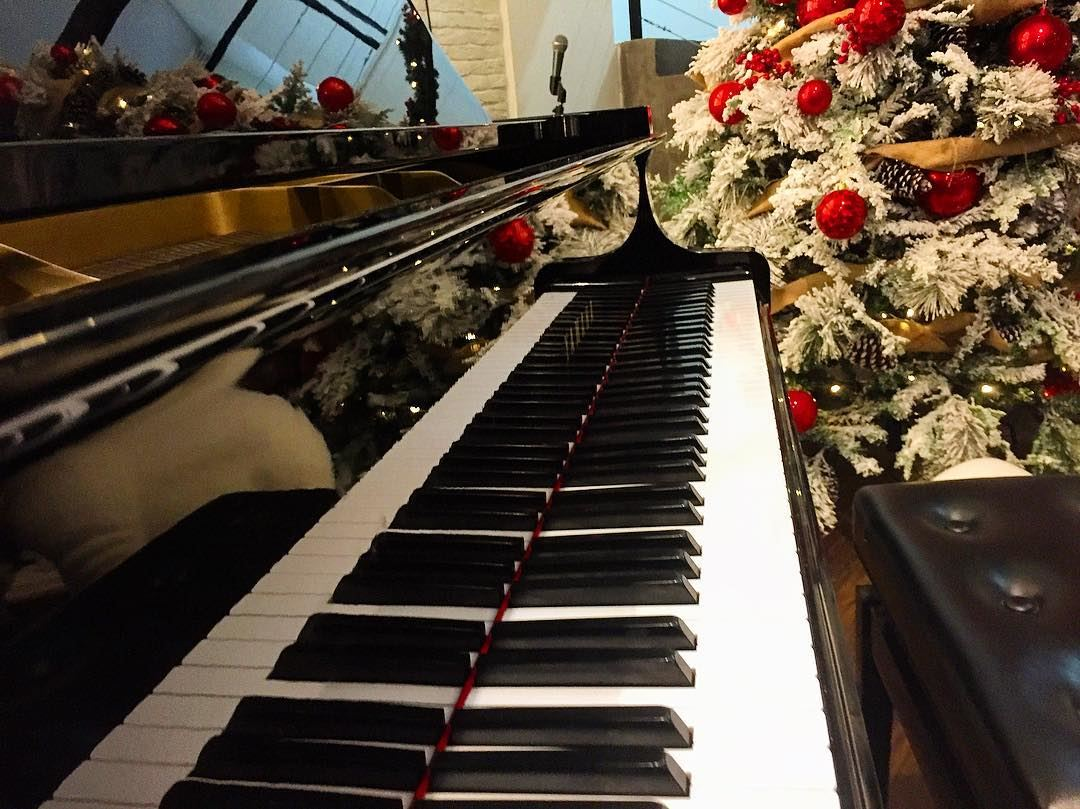 Christmas Piano.Christmas Piano Livelovemusic Pianolover