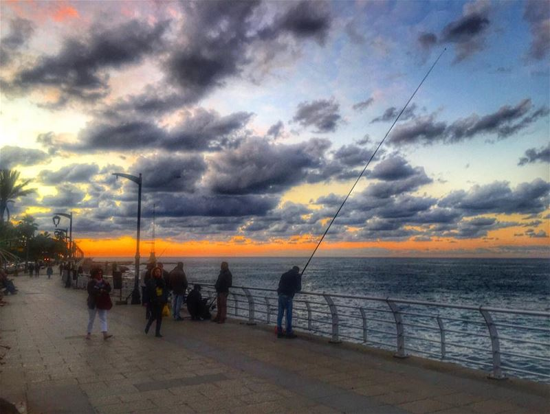 🌅🎣.. beirut beautiful city love live picoftheday  photooftheday ... (Lebanon)