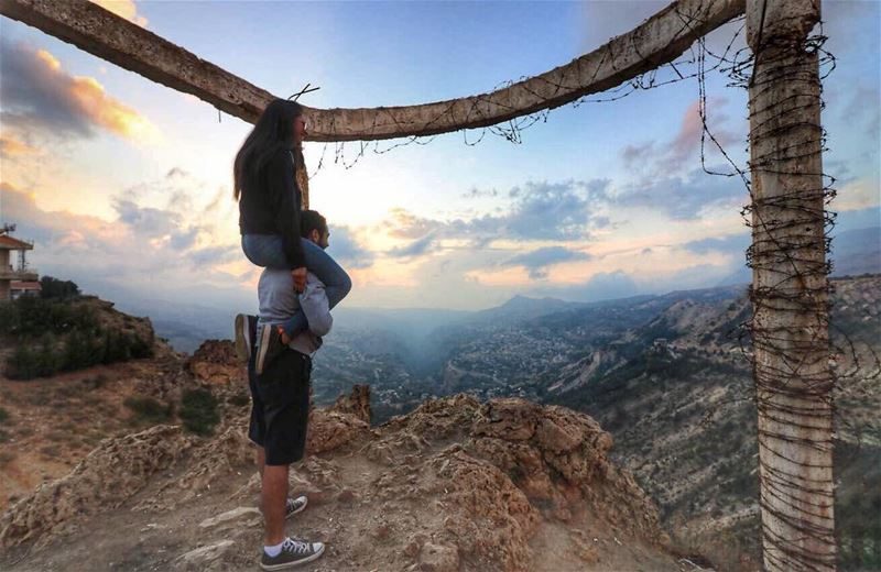 Nothing to lose and a world to see 🌎  bestfriendgoals 📷 @elie_khoury_phot (Bcharreh, Liban-Nord, Lebanon)