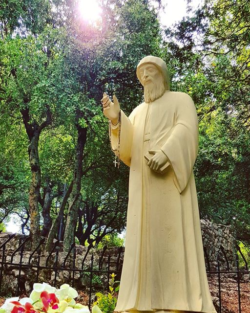 """If one has faith, one has everything""🙏💙  stcharbel  faith  placeofpeace... (Annâya, Mont-Liban, Lebanon)"