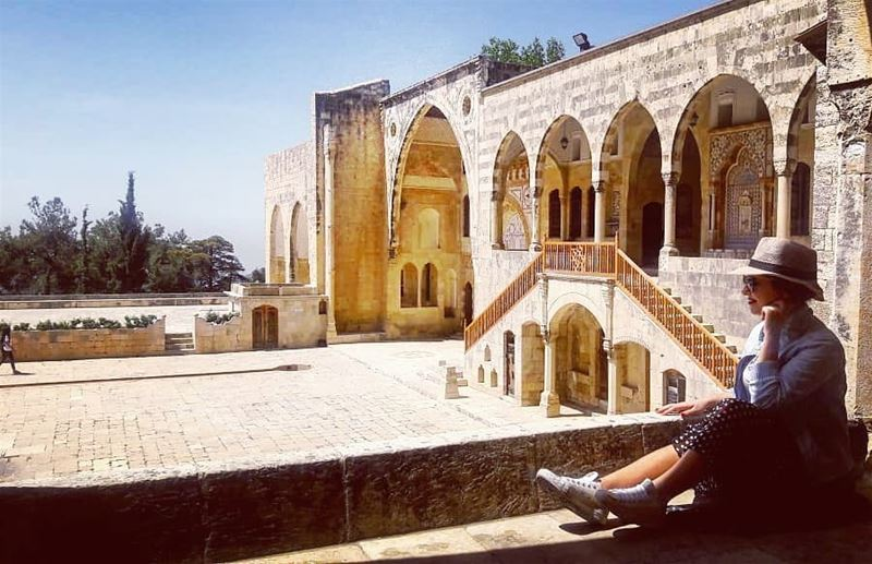 Lebanese Tourist 📸 woman  nofilter  l4l  saturday  beirut  quoteoftheday... (Beiteddine Palace)