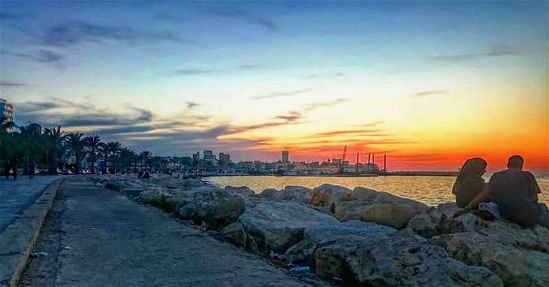 May every sunset bring you  Peace ✌  takenbyme  livelovetyre  tyrepage ... (Tyre, Lebanon)