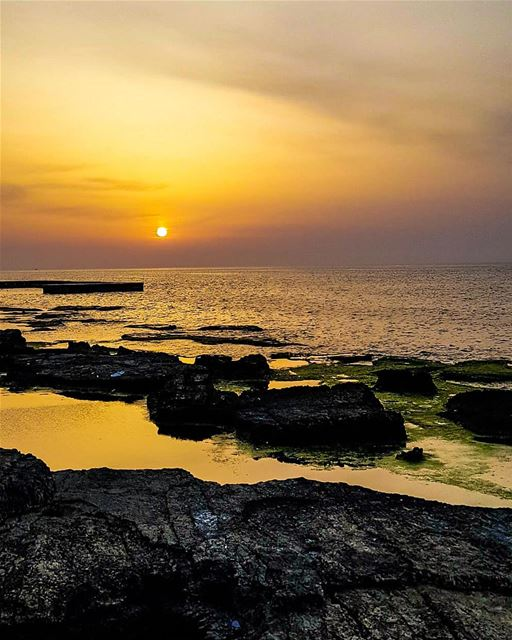 A never-ending conversation with my sunset.. ... beirut 🍃........... (Beirut, Lebanon)
