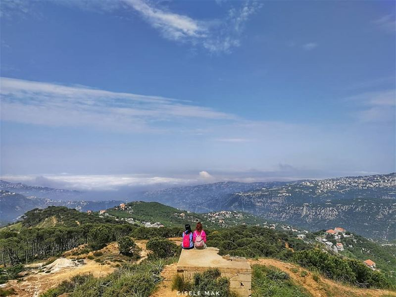 Unbreakable bonds gathered in one photograph... Worth a thousand words. ... (Baskinta, Lebanon)