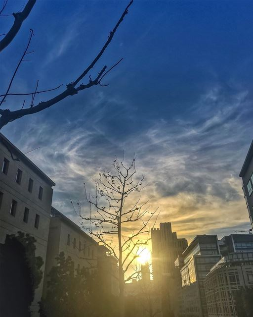 For the L💙VE of Endless Sunsets... ————————————————————  ig_sunsetshots ... (Downtown Beirut)