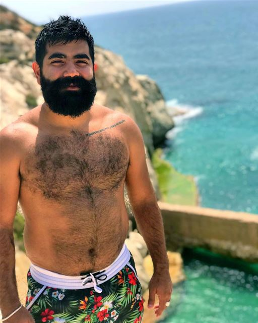 🧔🏾☀️🌊  summer lebanon  photooftheday  beard  beardedmen  bearded ... (الناقورة / Al Naqoura)